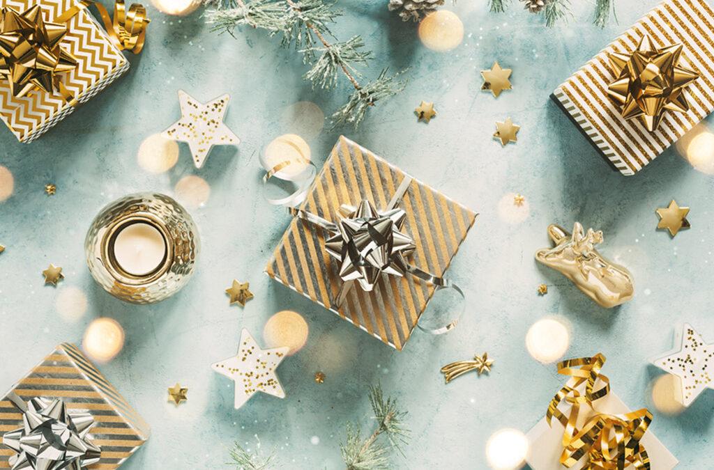 Świąteczne upominki - zdjęcie ilustracyjne